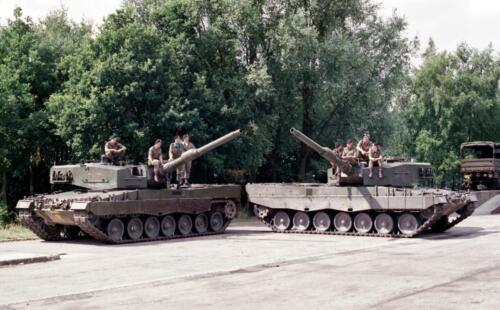 1983 1987 B Esk 103 Verkbat Groeps en vtgbemanningen Leopard Inz. Wmr I Jan Pol 15