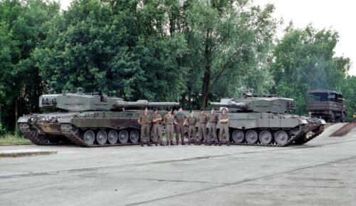 1983 1987 B Esk 103 Verkbat Groeps en vtgbemanningen Leopard Inz. Wmr I Jan Pol 16