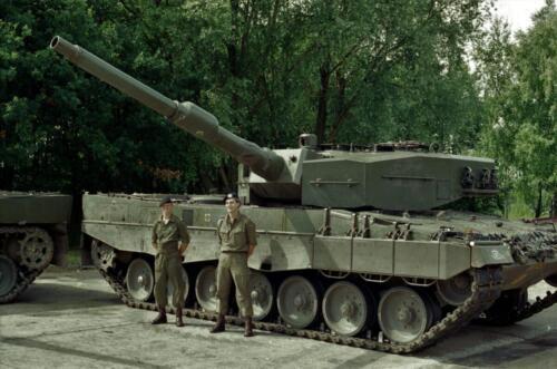 1983 1987 B Esk 103 Verkbat Groeps en vtgbemanningen Leopard Inz. Wmr I Jan Pol 8