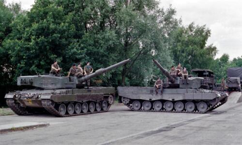 1983 1987 B Esk 103 Verkbat Groeps en vtgbemanningen Leopard Inz. Wmr I Jan Pol 9