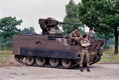 1983 1987 B Esk 103 Verkbat Groeps en vtgbemanningen bij de CV Wmr I Jan Pol 11