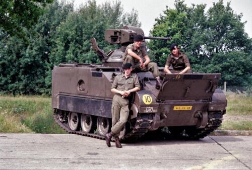 1983 1987 B Esk 103 Verkbat Groeps en vtgbemanningen bij de CV Wmr I Jan Pol 24