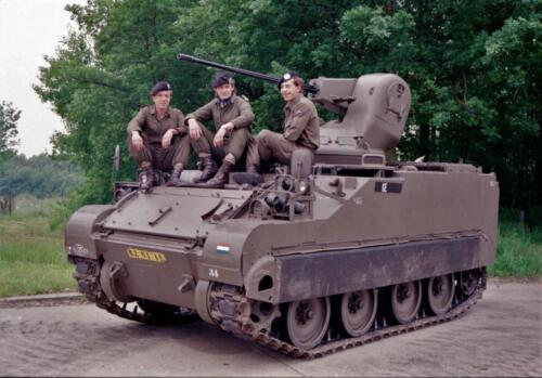 1983 1987 B Esk 103 Verkbat Groeps en vtgbemanningen bij de CV Wmr I Jan Pol 3
