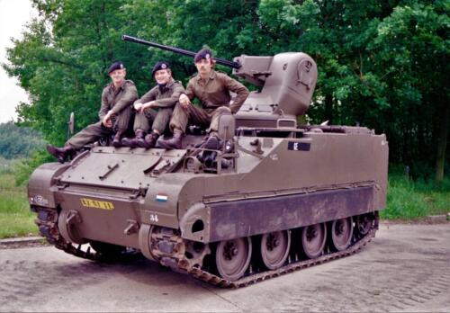 1983 1987 B Esk 103 Verkbat Groeps en vtgbemanningen bij de CV Wmr I Jan Pol 30