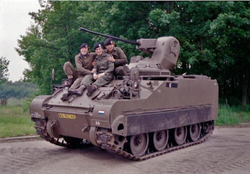 1983 1987 B Esk 103 Verkbat Groeps en vtgbemanningen bij de CV Wmr I Jan Pol 4