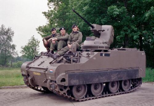 1983 1987 B Esk 103 Verkbat Groeps en vtgbemanningen bij de CV Wmr I Jan Pol 5