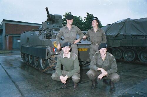 1983 1987 B Esk 103 Verkbat Groeps en vtgbemanningen bij de CV Wmr I Jan Pol 51