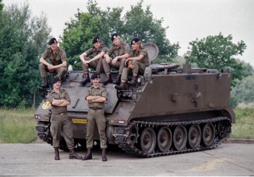 1983 1987 B Esk 103 Verkbat Groeps en vtgbemanningen bij de CV Wmr I Jan Pol 6