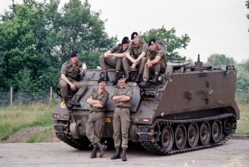 1983 1987 B Esk 103 Verkbat Groeps en vtgbemanningen bij de CV Wmr I Jan Pol 7