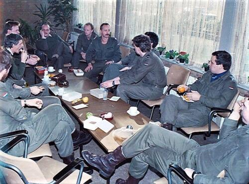 1983 1987 B Esk 103 Verkbat Groeps en vtgbemanningen elders Inz. Wmr I Jan Pol 13