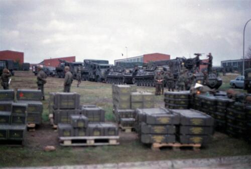 1983 1987 B Esk 103 Verkbat Munitiebeladingsoefening op de legerplaats Seedorf Inz. Wmr I Jan Pol 12