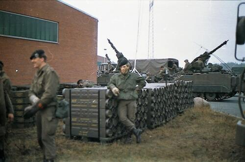 1983 1987 B Esk 103 Verkbat Munitiebeladingsoefening op de legerplaats Seedorf Inz. Wmr I Jan Pol 18