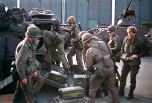 1983 1987 B Esk 103 Verkbat Munitiebeladingsoefening op de legerplaats Seedorf Inz. Wmr I Jan Pol 6