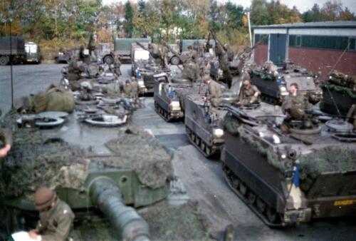 1983 1987 B Esk 103 Verkbat Munitiebeladingsoefening op de legerplaats Seedorf Inz. Wmr I Jan Pol 8
