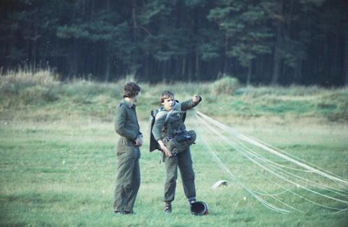 1983 1987 B Esk 103 Verkbat Parachute springen. Inz. Wmr I Jan Pol 14