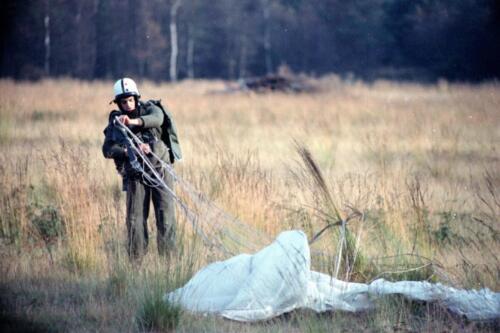 1983 1987 B Esk 103 Verkbat Parachute springen. Inz. Wmr I Jan Pol 4