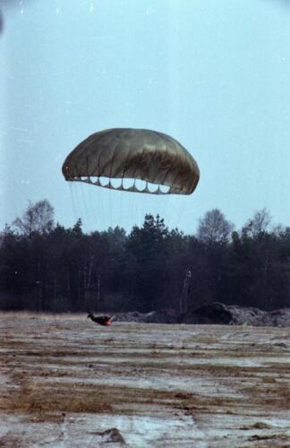 1983 1987 B Esk 103 Verkbat Parachute springen. Inz. Wmr I Jan Pol 7