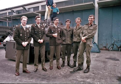 1983 1987 B Esk 103 Verkbat Tlnt Westhof Elnt vd Bos Ritm Pruijsenaere en re Elnt Dulfer. Wmr I Jan Pol 1