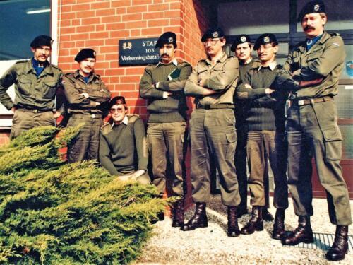 1983 SSV 103 Verkbat deel staf bij muurbord van Maj Kwinten BC Reitsma PBC Meeder Kap v Riel