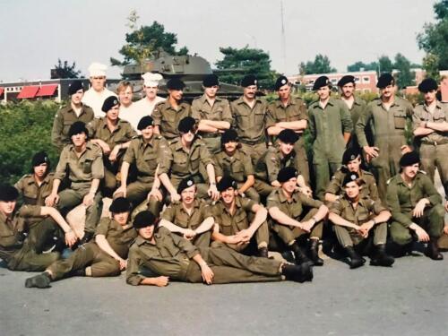 1984 1985 A Esk 103 Verkbat Stafpeloton o.a. R. Stokkendreef JW. Visbeen R. Staneke en P.Rupert