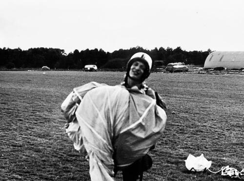 1974-1975 B-Esk 103 Verkbat; Para-opleiding Seedorf. Inzender Frans Homminga  (5)