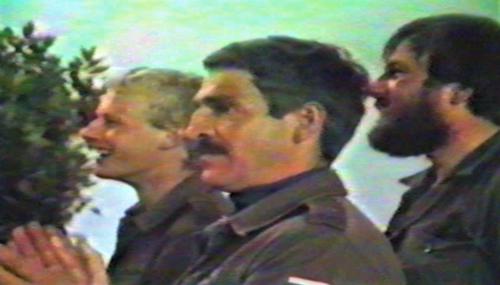 1986 06 103 Verkbat Luneburg PBC Majoor Piekema en Wmr Welbie met baard 1 1
