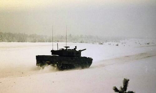 1986 11 B Esk 103 Verkbat Oefeningen Luneburgerheide en Bergen Hohne. Fotos Bert vd Slik 1