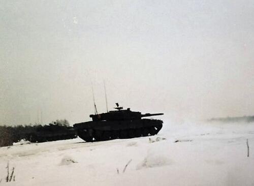 1986 11 B Esk 103 Verkbat Oefeningen Luneburgerheide en Bergen Hohne. Fotos Bert vd Slik 3