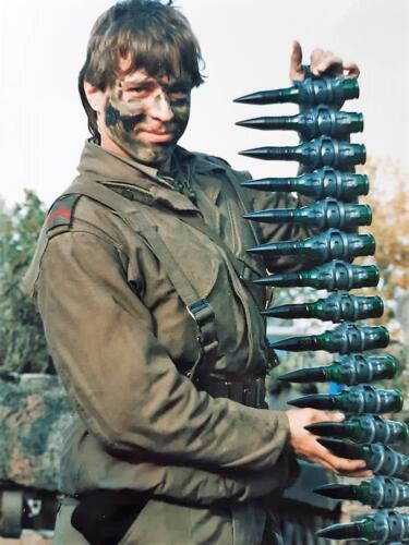 1986 A Esk 103 Verkbat Ritms vd Aker en Piebinga. Oefn schietserie en nog wat. Bedankt Johan Willemsen 25