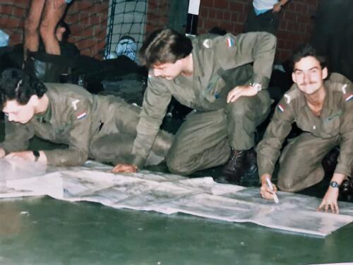 1986 A Esk 103 Verkbat Ritms vd Aker en Piebinga. Oefn schietserie en nog wat. Bedankt Johan Willemsen 30