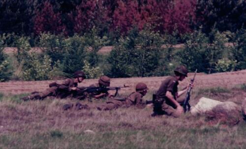 1986 A Esk 103 Verkbat Schietoefeningen tijdens schietserie Bergen Hohne. Fotos Huz I Paul Poelman 1