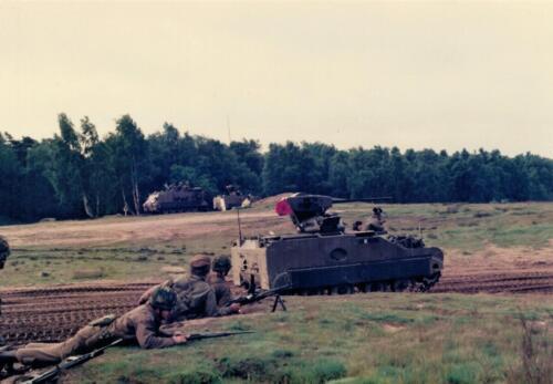1986 A Esk 103 Verkbat Schietoefeningen tijdens schietserie Bergen Hohne. Fotos Huz I Paul Poelman 4