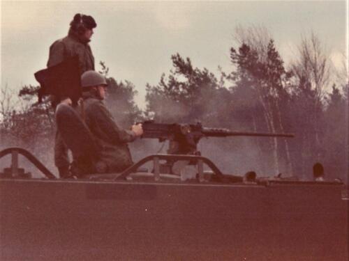1986 A-Esk 103 Verkbat; Schietoefeningen tijdens schietserie Bergen Hohne. Foto's Huz I Paul Poelman (7)