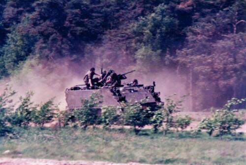 1986 A-Esk 103 Verkbat; Verkennen en waarnemen. Foto's Huz I Paul Poelman (1)