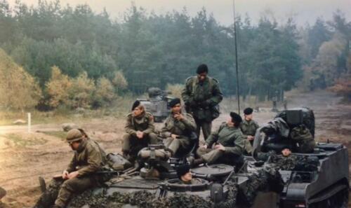 1986 B Esk 103 Verkbat Oefeningen Luneburgerheide en Bergen Hohne. 1a