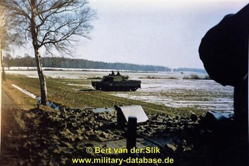 1986 B Esk 103 Verkbat Oefeningen Luneburgerheide en Bergen Hohne. 2