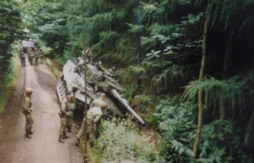 1986 B Esk 103 Verkbat Oefeningen Luneburgerheide en Bergen Hohne. 6a