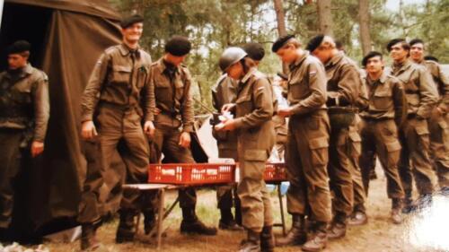 1987 A esk 103 Verkbat 1e oefening na aankomst in Seedorf. Inz. Johan Willemse 1