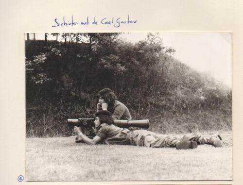 1987 B Esk 103 Verkbat Schieten met de Carl Gustav Fotoboek Maj Meeder