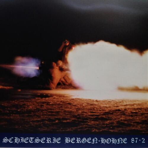 1987 B-Esk 103 Verkbat; Schietserie '87-1 Carl Gustav, steekvlam naar achteren! (Fotoalbum Pedro Haans)  (2)