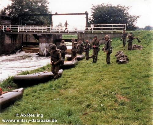 1988 1989 B Esk 103 Verkbat 6 persoonsrubber boot haal op gelijk...
