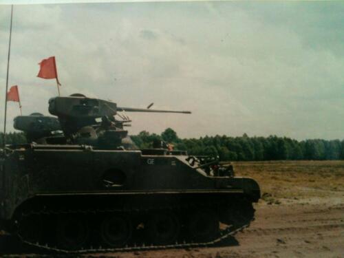 1988 B Esk 103 Verkbat Schietserie CR in actie met Oerlikon inz Peter Ham