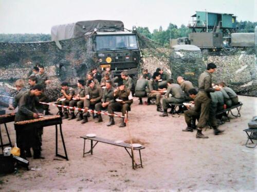 1988 B Esk 103 Verkbat lipl 87 11 Schietserie. Er werd niet alleen maar geschoten. Inzender Peter Ham