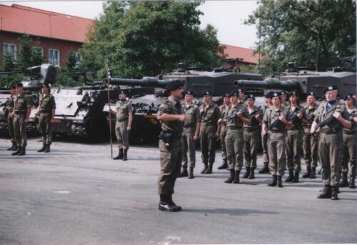 1989 07 03 B Esk 103 Verkbat Commando overdracht Ritm v Grinsven aan Ritm Bozuwa 2