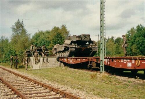 1989 07 23 103 Verkbat Beladen voertuigen station Godenstedt. Foto Mart Brouwer 3
