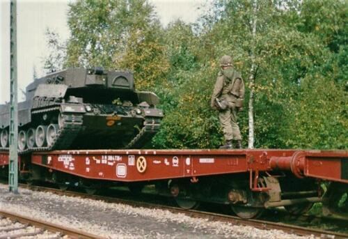 1989 07 23 103 Verkbat Beladen voertuigen station Godenstedt. Foto Mart Brouwer 4