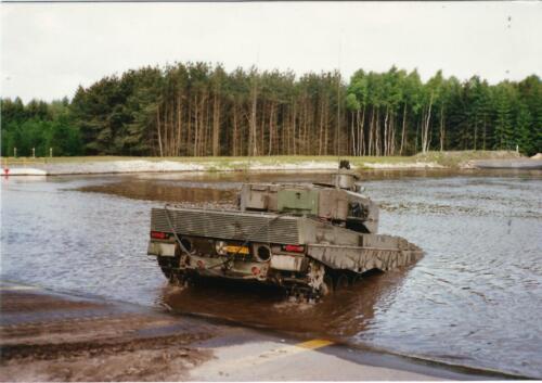 1989 103 Verkbat doorwading Leop II Foto Johan Hendriks