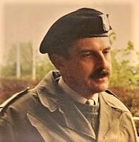 1989 Bernhardkazerne Voormalige BC 103 Kol G.H. Eleveld tijdens de KL halve final voetbal