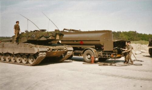 1989 SSV Esk 103 Verkbat. Fotos van Huz Johan Hendriks. Voertuigen 11