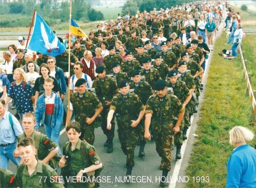 1993 103 Verkbat Deelname aan de 77e Vierdaagse Nijmegen Met grote snor Aoo Zijlstra